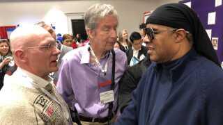 Hans Jørgen Wiberg har mødt Stevie Wonder to gange på en blindekonference i Californien.