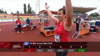 Kristel Walther Høj jubler over sin sølvmedalje.