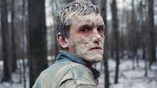 Elliott Crosset Hove spiller rollen som Emil i 'Vinterbrødre'.