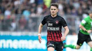 Mikkel Duelund er en anden af de spillere, som FC Midtjylland har solgt for nylig for en klækkelig sum. Det danske talent røg til ukrainske Dynamo Kiev for omkring 30 millioner kroner.