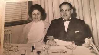 Heinz Ucko med sin kone, Hanne Lunds mor, Sara Brudzewsky, som døde i 1988.