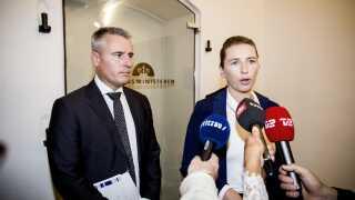 Ifølge DR's politiske korrespondent Uffe Tang er Henrik Sass Larsen et paradoks, der udgør en udfordring for partileder Mette Frederiksen.