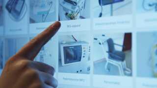 """Det nye GPS-system """"Find Udstyr"""" skal hjælpe travle sygeplejesker med at finde hospitalsudstyr hurtigt og nemt."""
