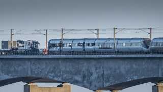 Havarikommissionen undersøger omstændighederne omkring den togkatastrofe, der kostede otte mennesker livet.