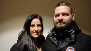 Louise Hertz - datter af dræbte Inger - og hendes forlovede, Peter Dronninglund, fik ingen krisehjælp efter drabet på Inger.