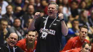 Denmark's coach Nikolaj Jacobsen reacts during the IHF Men's World Championship 2019 handball final match between Norway and Denmark at the Jyske Bank Boxen arena in Herning on January 27, 2019. (Photo by Jonathan NACKSTRAND / AFP)
