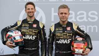Kevin Magnussen her med sin franske teamkammerat Romain Grosjean.