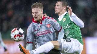 Tom van Weert scorede to gange for AaB mod Næstved.