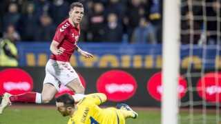 Danmarks Pierre Emile Højbjerg scorede til 2-2 mod Kosovo i kampens overtid.