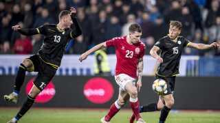 Pierre-Emile Højbjerg scorede til 2-2 i kampens overtid mod Kosovo.