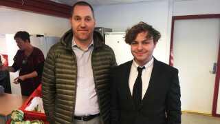 Sektorrådgiveren Dennis Holte Skov-Albertsen mødes i disse dage med 19-årige Rasmus Erichsen, der står bag initiativet Stop Spild Lokalt.