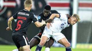 (ARKIV) FCK's Viktor Fischer mod FC Midtjyllands Paul Onoachu i Superliga-kampen FC Midtjylland mod FC København i Herning i september 2018.