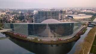 Europa-Parlamentets hovedsæde ligger i Strasbourg i Frankrig.