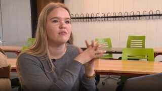 Kristine Ludvigsen mener ikke, at EP-kandidaterne er synlige nok på de sociale medier.