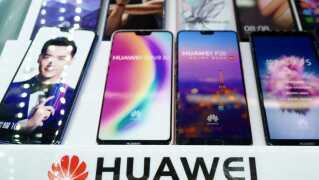 Huawei solgte sidste år 153 millioner smartphones verden over.
