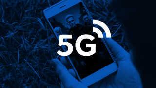 - Jeg vil tro, vi snakker om minutter. Det kommer til at gå lynende hurtigt. Op til 10 gigabit per sekund, siger Preben Mogensen, der er professor i trådløs kommunikation, om det nye 5G-netværk.