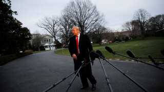 USA's præsident, Donald Trump, har erklæret sig frifundet, efter Mueller-rapporten er afleveret. Men der kører fortsat sager imod ham.