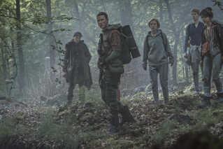 Mikkel Boe Følsgaard er en af hovedrollerne i Netflix' nye danske tv-serie.