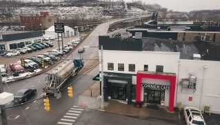 Corner Café i Parkersburg.