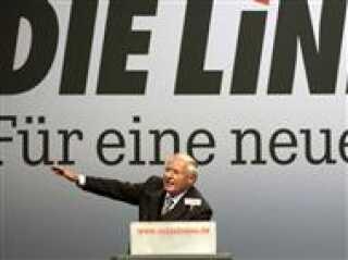 Joschka Fischer og hans gr?nne partif?ller er blevet udlagt som forrykte ?koflippere af de kristelige CDUere.
