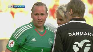 """Stina Lykke har kun lukket et mål ind i de seks EM-kvalifikationskampe. Derfor har det mest bekymrende faktisk faktisk været det slag, hun fik i hjemmekampen mod Slovakiet - og det var som hun sagde efter kampen """"bare en god gammeldags lammer""""."""