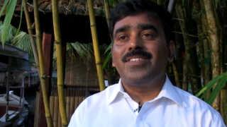 Hotelchef Samboo Gopalakrishnan mener, at turismen både gavner miljø og økonomi i delstaten Kerala.