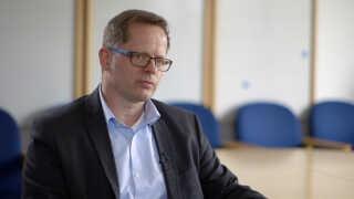 Rainer Bretsch er politidirektør i Slesvig-Holsten. Han er ovebevist om, at forbuddene mod Hells Angels og Bandidos har mindsket deres kriminelle aktivitet.