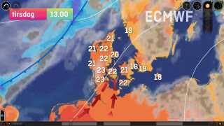 Varm luft løber op over Danmark på forsiden af en front. Hvis timingen holder, kan en del af tirsdagen blive ganske nydelig.