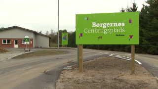 """Genbrugspladsen i Vorbasse er blevet renoveret og omdøbt til """"Borgernes Genbrugsplads""""."""