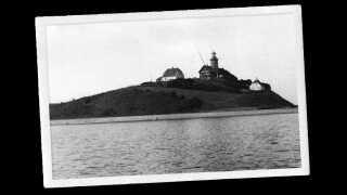 Det var Christian Keller, der nøje udvalgte Sprogø som sted for hans kvindeanstalt. Øen var placeret tilpas isoleret midt i Storebælt, hvilket ville forhindre kvinderne i at stikke af.
