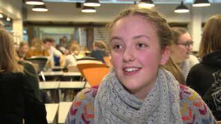 Emma Rasmussen er en af dem, der har prioriteret et lille gymnasium fremfor et stort.