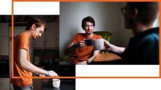 Thormod læser spansk på VUC, og han bruger det meste af sin fritid på at anmelde teater for sitet ungtteaterblod.dk. Han drømmer om at læse dramaturgi på universitetet i Aarhus, når han engang vil videre.