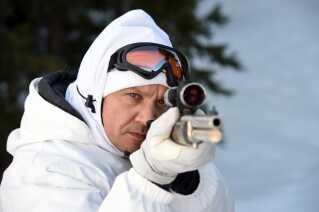 Jeremy Renner i rollen som jægeren Cory Lambert.