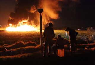 Branden blev ifølge myndighederne slukket her lørdag morgen dansk tid.