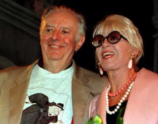I 1951 mødte Dario Fo France Rame, som han blev gift med tre år senere. France Rame spillede med i flere af Dario Fos stykker.