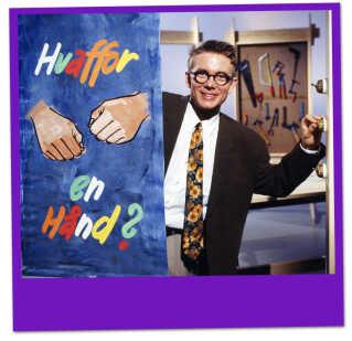 Casper Christensen var i 1991 og 1992 vært på børneprogrammet 'Hvaffor en hånd'.