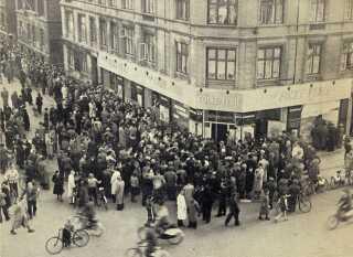 Det skabte timelange køer på Frederiksborggade, når Dansk Folkeferie åbnede for booking af feriehuse til sommerferien.