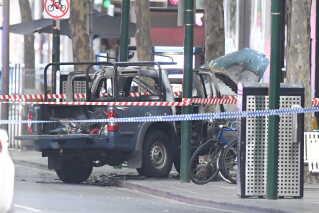 Det var denne bil, som den formodede gerningsmand satte ild til.