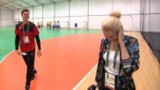 En vittig bemærkning over en hævet overlæbe gjorde, at et interview med håndboldlandsholdets målmand Niklas Landin kørte helt af sporet.