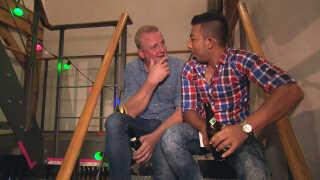 Jan Gintberg og Thaier Albakri er blevet mere end bare flygtningevenner. De er blevet rigtig gode venner.