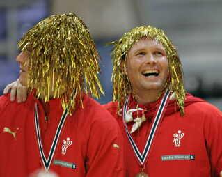 Sådan endte det sidst, der var tre skandinaviske hold i mellemrunden. Her Jesper Jensen og Lars Christiansen i skøn forening.