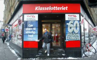 Klasselotteriet på Rådhuspladsen, København. (Foto: JENS NØRGAARD LARSEN/SCANPIX NORDFOTO 2003)