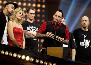 Volbeat har to gange tidligere vundet 'P3 Lytterhittet'. Her ses de ved P3 Guld i 2011, hvor de vandt med nummeret 'Fallen'.