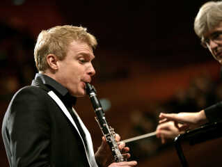 Klarinettisten Martin Fröst var en anden af solisterne sammen med DR Symfoniorkestret ved gallakoncerten den 17. januar 2009, hvor også DR Vokalensemblet, DR Koncertkoret og DR Pigekoret var på scenen undervejs.