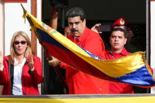 Den store utilfredshed med den siddende præsident Nicolas Maduro skyldes blandt andet, at Venezuelas økonomi har været i frit fald i flere år under hans ledelse.
