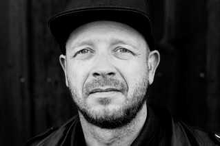 Kristian Riis. Guitarist i Nephew og en af initiativtagerne til den nordiske kulturambassade i USA - Nordic LA