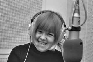 Daimis smil er ikke mindst blevet kendt gennem årene - og det samme er en lang række af hendes melodier, som fortsat kan høres i radioen, ikke mindst på P5. Udover 'Jeg Sætter Min Hat Som Jeg Vil', er nogle af Daimis største hits 'Hvem Har Du Kysset i Din Gadedør', 'Skandale i Familien', 'Små Grønne Æbler', 'Balladen om Klante Kofoed' og 'Søde Yrsa Bruun'.
