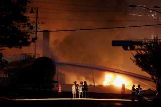 Et billede fra Lac-Mégantic-ulykken, der i 2013 kostede mere end 40 mennesker livet og ødelagde halvdelen af den canadiske bys centrum.