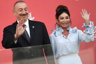 Ilham Alijez og hans kone, vicepræsident Mehriban Alijez.