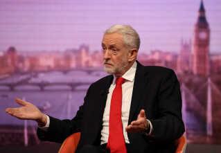 Labour-leder Jeremy Corbyn opfordrer parlamentsmedlemmer til at stemme nej til Theresa Mays brexit-aftale.